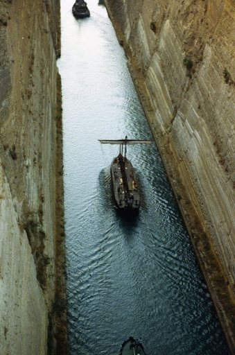 Olympias in the Corinth Canal, August 1992. Photo: Rosie Randolph.